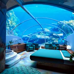 Stay in the underwater hotel. Jules' Undersea Lodge in Key Largo, Florida. This is one of the weirdest theme hotels in America. Guests need scuba training—offered on site—to check into this hotel's underwater suites. Hotel Subaquático, Dubai Hotel, Dubai Uae, Dubai City, Hotel Suites, Dream Vacations, Vacation Spots, Tourist Spots, Vacation Ideas