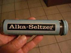 I remember these glass bottle Alka seltzer. Plop, plop, fizz, fizz, oh what a relief it is! My Childhood Memories, Great Memories, Childhood Games, School Memories, Puerto Rico, Alka Seltzer, Nostalgia, I Remember When, Ol Days