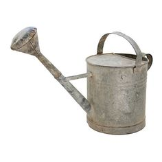 Pre-Owned French Zinc Watering Can ($225) ❤ liked on Polyvore featuring home, outdoors, garden tools, decorative accessories and pewter gray