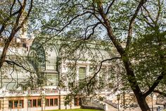 Palmenhaus im Burggarten (c) STADTBEKANNT - Das Wiener Online Magazin Flora Und Fauna, Heart Of Europe, Vienna, Austria, Mansions, House Styles, City, Home Decor, Travel