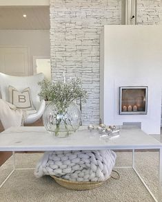 Joulu saa tulla🌲✨ Ihanaa aatonaattoa❤️ Ready for the Christmas🌲✨ . Small Room Bedroom, Home Decor Bedroom, Living Room Decor, Living Spaces, Dream House Interior, Interior Design Living Room, House Rooms, Cozy House, Home And Living
