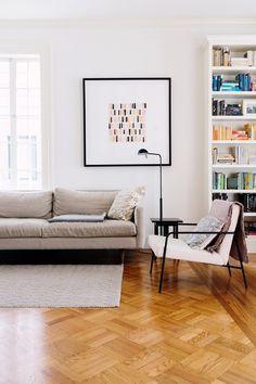 John Lum Architecture Revives a Small San Francisco Cottage Living Room Interior, Home Interior, Home Living Room, Apartment Living, Living Room Designs, Living Room Decor, Living Spaces, Interior Design, Scandinavian Interior