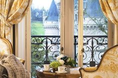 I stayed here a long time ago.  Chateaux Esclimont outside Paris.
