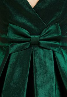 My Gift to You Fit and Flare Dress in Emerald. Your presence is present enough when you flaunt this dark green fit and flare! green houses Dresses - Dresses For Women Dark Green Aesthetic, Aesthetic Colors, Aesthetic Pastel, Fit And Flare, Blog Couture, Slytherin Aesthetic, Lily Evans, Holiday Fashion, Holiday Style