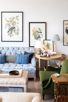 Decor Destination: Amy Berry Home Living Room Trends, My Living Room, Home And Living, Living Room Designs, Living Room Decor, Condo Living, Home Decor Trends, Home Decor Inspiration, Alexandre De Betak