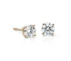 Diamond Stud Earrings in 14k Yellow Gold (3/4 ct. tw.)