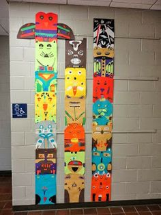 Thomas Elementary Art: Grade Totem Pole Collage cool on driftwood- Group Art Projects, Collaborative Art Projects, History Projects, Art History, Native American Projects, Native American Art, American History, Totem Pole Art, 4th Grade Art