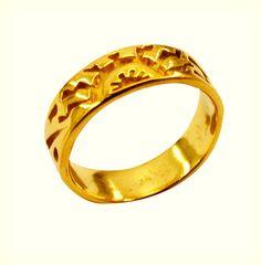 #puppylove #victoriasecret #up #mmmm #crystal #copperjewelry #riyo #jewelry #gems #handmade #fashion #ring #plain #multi #sanfrancisco #kosmetikmurah #demilovato #watch #candy
