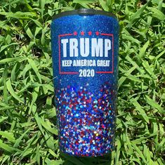 Diy Tumblers, Glitter Tumblers, Glitter Cups, Personalized Tumblers, Custom Tumblers, Tumblr Cup, Diy Epoxy, Custom Cups, Tumbler Designs