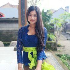 I 💟 Balinese Girls Kebaya Bali, Kebaya Dress, Balinese, Asian Beauty, Women's Fashion, Traditional, Lace, Girls, Beautiful