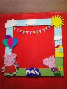 Resetas fsciles Peppa Pig Happy Birthday, Pig Birthday Cakes, Girl Birthday Themes, Third Birthday, 4th Birthday Parties, Peppa Pig Pinata, Cumple Peppa Pig, Peppa Pig Family, George Pig