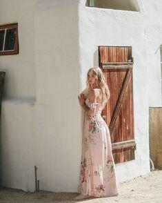 "376dcd580f168 Tap to shop the Charlotte Dress in Heartbreaker. #plumprettysugar  📷@miramarphoto"". Charlotte DressBaby Shower ..."