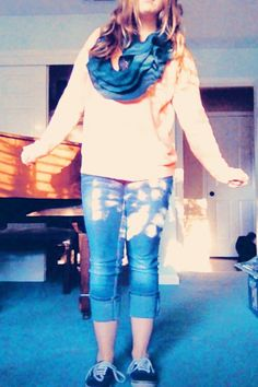 Winter outfit: sweater: forever 21 scarf: nantucket home with dark blue vans and capris
