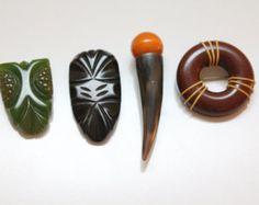 Popular items for bakelite pin brooch on Etsy
