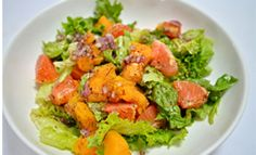It's spring and what better way to kick it off with a delicious fruity salad that the whole family will love!