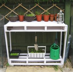 Garden work station made from wood pallets.