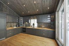 House Design, Cottage Inspiration, Home Remodeling, Home Decor, Cottage Kitchen, House Interior, Rustic Kitchen Cabinets, Rustic Kitchen, Kitchen Design