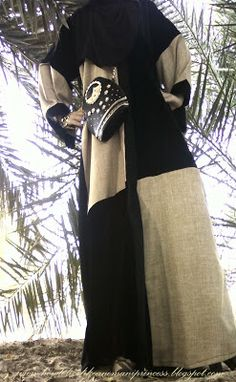 Abaya: no-name Purse: Accessorize Style: Wide sleeve front-open with square linen panel inserts occasion: casual
