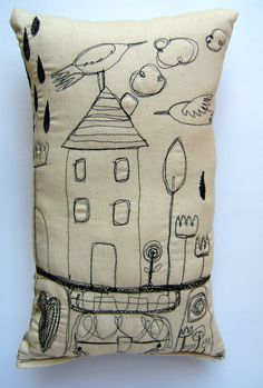 Doodle pillow/ by magaly ohika