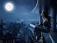 Wydaje się nam, że do życia potrzebne jest nam jedynie Słońce, zapominamy natomiast zwykle o Księżycu, uważając go tylko za malowniczy składnik nocy. Zawsze oczekujemy dobrej pogody, a jej synonimem są słoneczne dni.