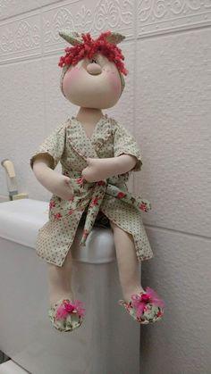 muñeca porta papel 1