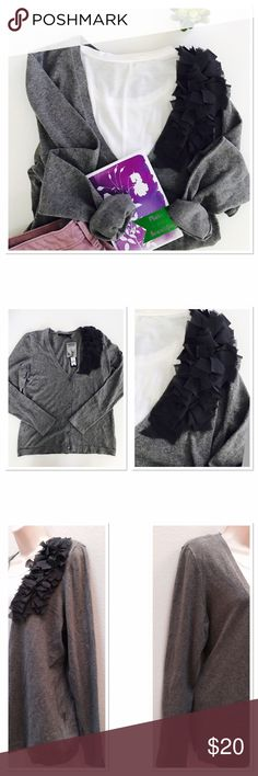 NWT 🌟 Daisy Fuentes Cardigan 🌟 Beautiful grey carding. Super soft. Length 24 in, bust 20 in flat. Daisy Fuentes Sweaters Cardigans