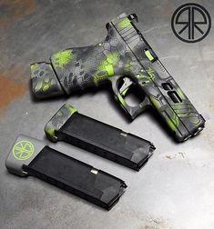 Glock Life Weapons Guns, Airsoft Guns, Guns And Ammo, Camo Guns, Hand Cannon, Gun Art, Tac Gear, Home Protection, 3d Max