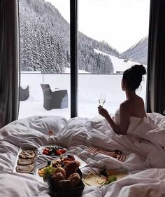 Breakfast in bed photography inspiration life ideas Places To Travel, Places To Go, Relax, Breakfast In Bed, Travel Goals, Dream Vacations, Luxury Lifestyle, Life Is Good, Travel Inspiration