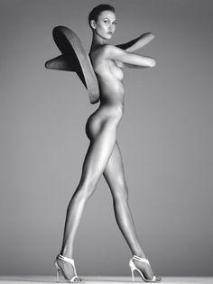 Karlie Kloss absolutely stunning for Vogue Italia