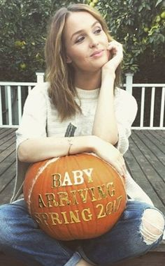 Camilla Luddington from Memorable Celebrity Pregnancy Announcements Just in time for Halloween, the Grey's Anatomy actress took advantage of the seasonal harvest to announce her first child was on the way.