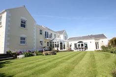 6 Bedroom detached family house. Comes with parking and access to a four car garage. Has indoor pool/spa. St Ouen, Jersey.