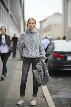 The Front Row View: Outfit Inspiration: Oversized Knitwear