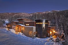 Incredible Ski-in & Out Modern Mtn Luxury Home-Theater, Indoor Court & Pool! Over The Edge Chalet is undoubtedly Colorado's finest ski-in, ski out home ava. Steamboat Springs Colorado, Colorado Cabins, Colorado Usa, Ski Vacation, Vacation Rentals, Vacation Spots, Dream Vacations, Modern Mountain Home, Mountain Living