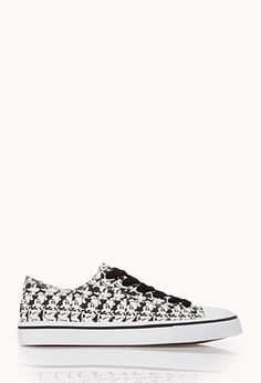 Oh Mickey Sneakers | FOREVER21 - 2000074256 @KathyBourcier
