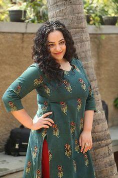 Nithya Menen Photos At Awe Movie Kerala Aunty, Beauty Full Girl, Beauty Women, Nithya Menen, Aunty In Saree, Saree Models, Indian Beauty Saree, Curvy Fit