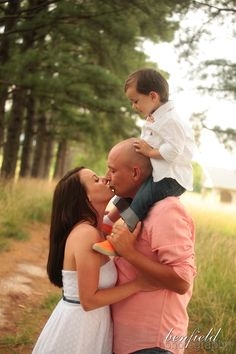 Fayetteville Family Portrait session by Benfield Photography…so cute