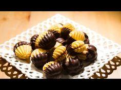 Eveline Wild - Spritzgebäck mit Marzipanfülle - YouTube Biscuits, German Cookies, Wiener Schnitzel, Eveline Wild, Mini Cupcakes, Christmas Cookies, Buffet, Food And Drink, Make It Yourself