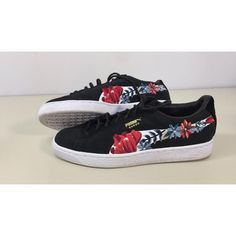 6f798ebce15e Preloved Puma Women s Suede Hyper Embellished Sneaker  40.00 Size  8M  Details  Pretty embroidered florals
