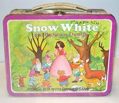 Vintage Snow White Metal Lunch Box