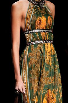 Valentino Spring 2016 Ready-to-Wear collection.