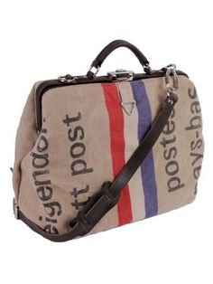 You've got mail.  Love this bag.