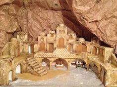 Christmas Grotto Ideas, Church Christmas Decorations, Christmas Nativity Scene, Christmas Villages, Holiday Decor, Nativity House, Fontanini Nativity, Antique Christmas, Miniature Houses
