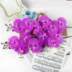 A piece of Artificial Butterfly Orchid Flower Plant for Wedding Party Decoration