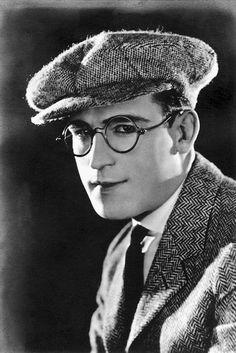 Harold Lloyd - silent film star.