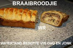 BRAAI BYKOSSE - BROOD, ROOSTERKOEK & PASTEIE Braai Recipes, Cooking Recipes, South African Recipes, Ethnic Recipes, Sweet Chilli Sauce, Banana Bread, Breakfast Recipes, Recipies, Breads