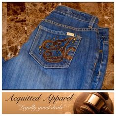 """Seven7 Brand Luxe Wide Leg Jeans 32"""" inseam Seven7 Brand Luxe Wide Leg Jeans Size 14 Excellent condition Bling back pockets 63% cotton 35% polyester 2% spandex Approximate 32"""" inseam and 8.5"""" rise Item Location Bin  T3 Seven7 Jeans Flare & Wide Leg"""