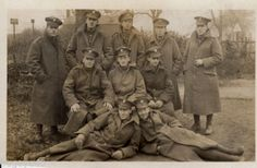 WW1-Group-Northumberland-Fusiliers-in-Greatcoats