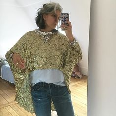 French Writer Sophie Fontanel's Guide to Personal Style and Mirror Selfies - Vogue Beauty Over 40, Fashion For Women Over 40, Fashion News, Fashion Trends, Vogue Fashion, Fashion 2017, Luxury Dress, How To Pose, Old Women