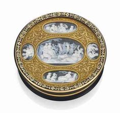 A french enamelled gold-mounted tortoiseshell snuff-box set with grisaille miniatures
