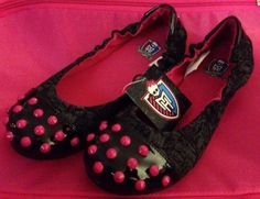 MONSTER HIGH GIRLS Slip On Flats SHOES NEW Size US Girls Size 2 Monster High Shoes, Cool Monsters, Girls Slip, New Wardrobe, To My Daughter, Size 2, Cool Style, Slip On, Flats
